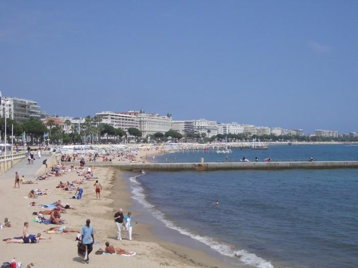 Deux cadavres retrouvés sur une plage de Cannes