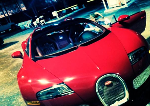 Une Bugatti Veyron à 1 million  de dollars pour  Justin Bieber