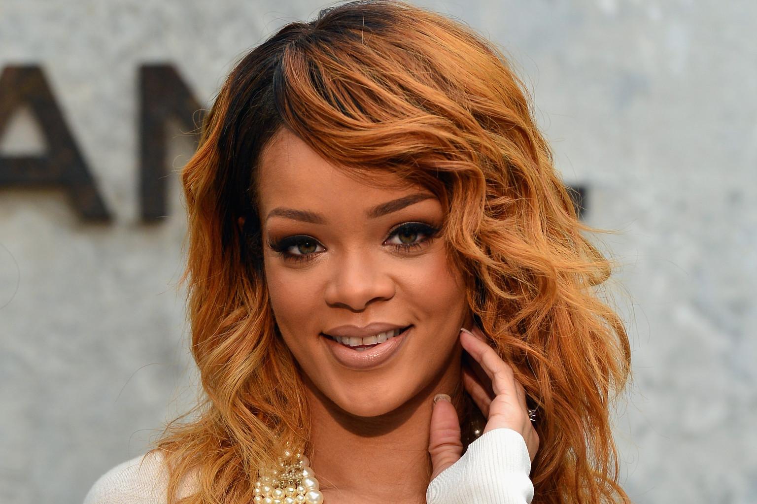 Le mois dernier, le compte Instagram de Rihanna aurait été rétabli selon le porte-parole de « Instagram UK ». Mais la Barbadienne révèle sur Twitter qu'elle n'a pas de compte Instagram.