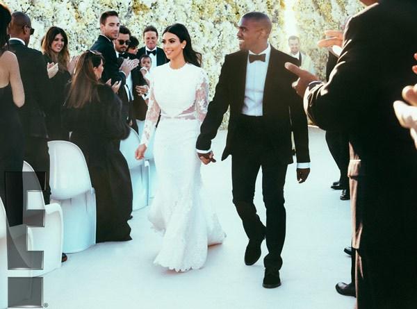 Comme on pouvait s'y attendre, Kim Kardashian était tout simplement magnifique dans sa robe Givenchy aux côtés de Kanye West, qui portait également une création de la même marque.