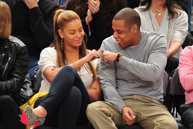 L'altercation entre Jay-Z et Solange Knowles continue à faire parler. Beyoncé n'aurait pas du tout apprécié la polémique qui a fait suite à l'incident dans l'ascenseur.