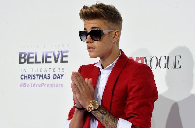 Aucune charge ne sera retenue contre Justin Bieber dans l'affaire du vol d'un smartphone. La police de Los Angeles a confirmé cette information sur BBC News.