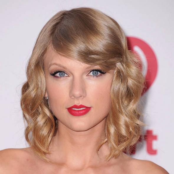 Taylor Swift élue femme de l'année par Billboard !