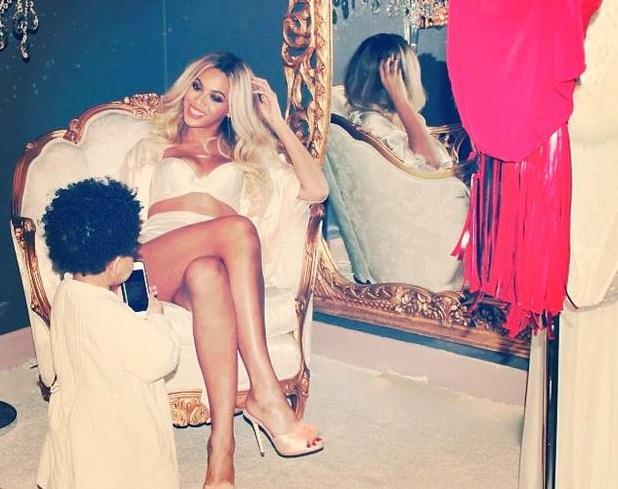 Heureuse de voir le bébé de Kelly Rowland, Beyoncé espère tomber enceinte avant la Noël !