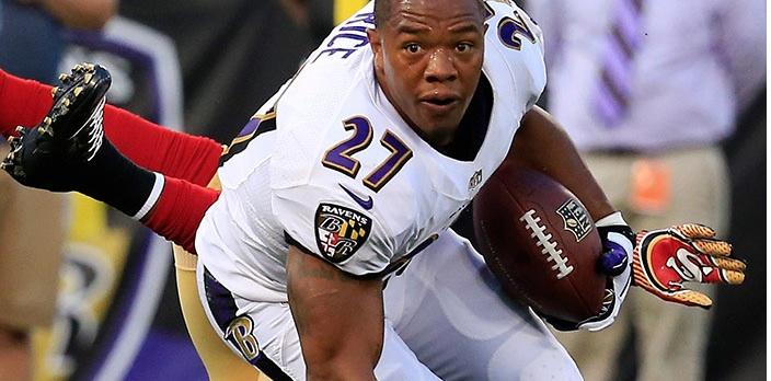 Les coéquipiers de Ray Rice souhaitent qu'il réintègre NFL !