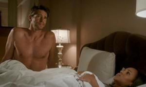 Scandal Olivia au lit