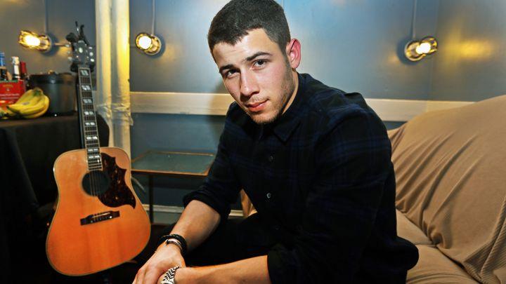 Nick Jonas revient sur sa relation avec Miley Cyrus !