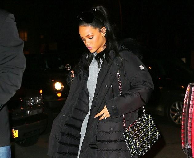 Rihanna va chanter American Oxygen