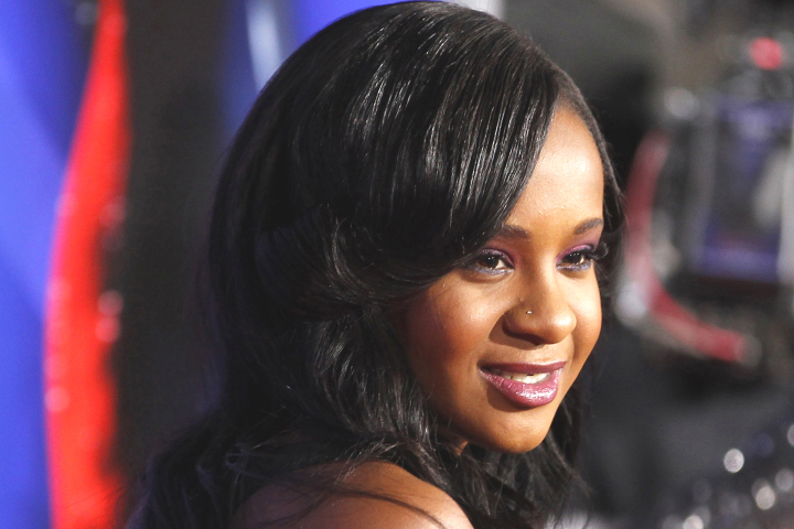 Bobbi Kristina Brown sort du coma