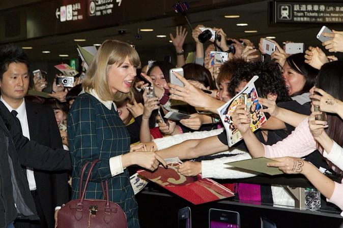 Taylor Swift : Les Japonais prennent d'assaut l'aéroport à son arrivée