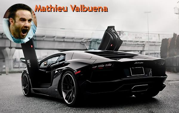 Mathieu Valbuena : Lamborghini Aventador. Et Mathieu Valbuena pour finir. L'ancien joueur de l'Olympique de Marseille a rejoint le FC Dynamo Moscou en encaissant au passage une belle prime à la signature en plus de son salaire de 3 millions d'euros par saison hors primes. Il possède une Lamborghini Aventador.