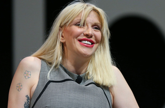 Courtney Love est à Paris
