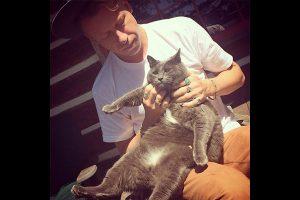Macklemore a pour animal de compagnie un chat