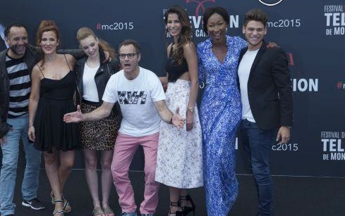 Festival International de Télévision : Rayane Bensetti pose avec ses costars de Pep's