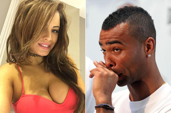Ashley Cole tapé par une playmate
