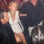 Toujours aussi fêtarde, malgré les années qui passent, Paris Hilton a parfois du mal à gérer son état…