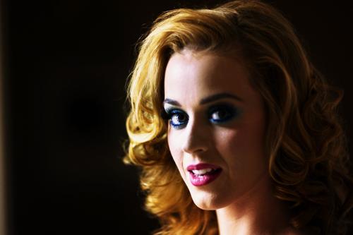 Passionnée d'art et d'histoire, Katy Perry envisage de retourner à l'école