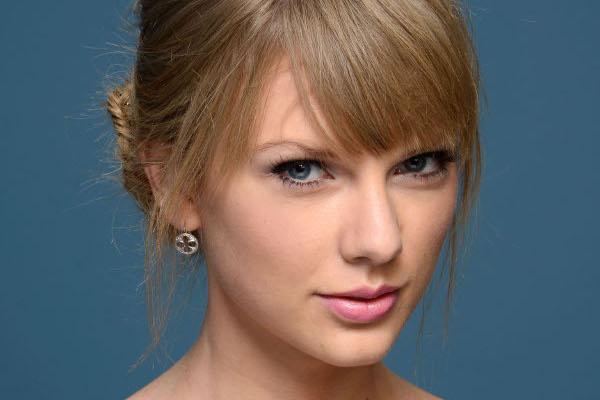 Taylor Swift bientôt dans une série-télé : La chanteuse pourrait rejoindre l'équipe de New-York Unité Spéciale !