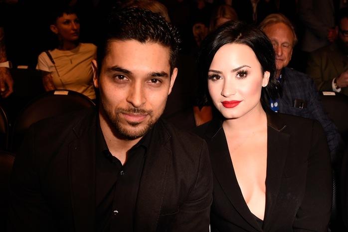 Demi Lovato très coquine, a laissé entenndre à des journaliste lors d'une émission que ce qu'elle aime le plus chez son petit ami se trouve en dessous de sa ceinture