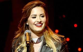Demi Lovato recevra le 11 décembre prochain, un prix spécial pour l'ensemble de sa carrière, lors des Billboard Music Awards