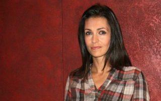 La comédienne française a décidé de rejoindre la liste de Nicole Goueta, candidate dans cette ville des Hauts-de-Seine.
