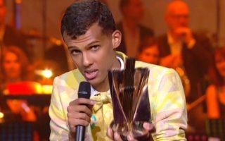 Le chanteur belge est reparti avec la Victoire de l'artiste masculin de l'année, celle de l'album de chansons pour « Racine carrée » et celle du vidéo-clip pour « Formidable ».