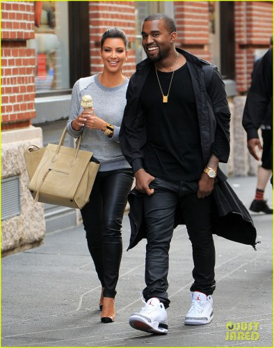 Kim Kardashian and Kanye West go public with their relationship by having a romantic afternoon date in NYC Pictured: Kim Kardashian and Kanye West Ref: SPL384810 210412 Picture by: Jackson Lee / Splash News Splash News and Pictures Los Angeles:310-821-2666 New York: 212-619-2666 London: 870-934-2666 photodesk@splashnews.com