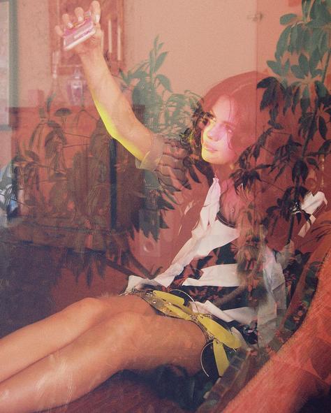 La-chanteuse-sublime-les-dix-ans-de-Wonderland-magazine-!_portrait_w674