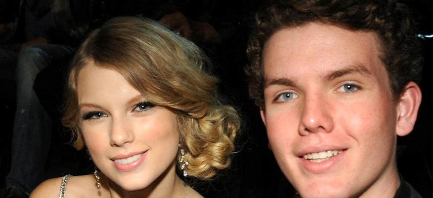 Taylor Swift très fiere de son petit frère qui vient de finir son tout premier tournage