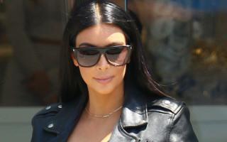 Kim Kardashian enceinte confie avoir l'impression d'être une grosse baleine