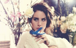 Lana Del Rey se confie dans une interview avec Billboard Magazine sur sa peur de la mort
